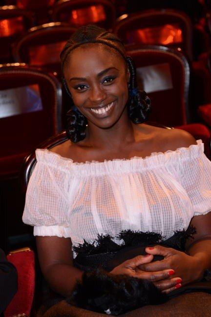 Tresses, nattes, la beauté des cheveux afro dans Coiffures pour grandes occasions coiffure-aissa-maiga
