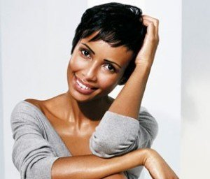 Secrets de beauté des cheveux afro dans Cheveux en bonne santé l_interview_beaute_de_sonia_rolland_rubrique_article_une-300x256